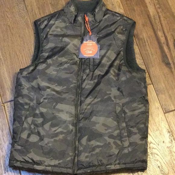 M, Olive Camo Weatherproof Vintage Mens Reversible Vest